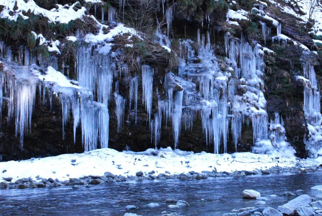三十槌の天然氷柱