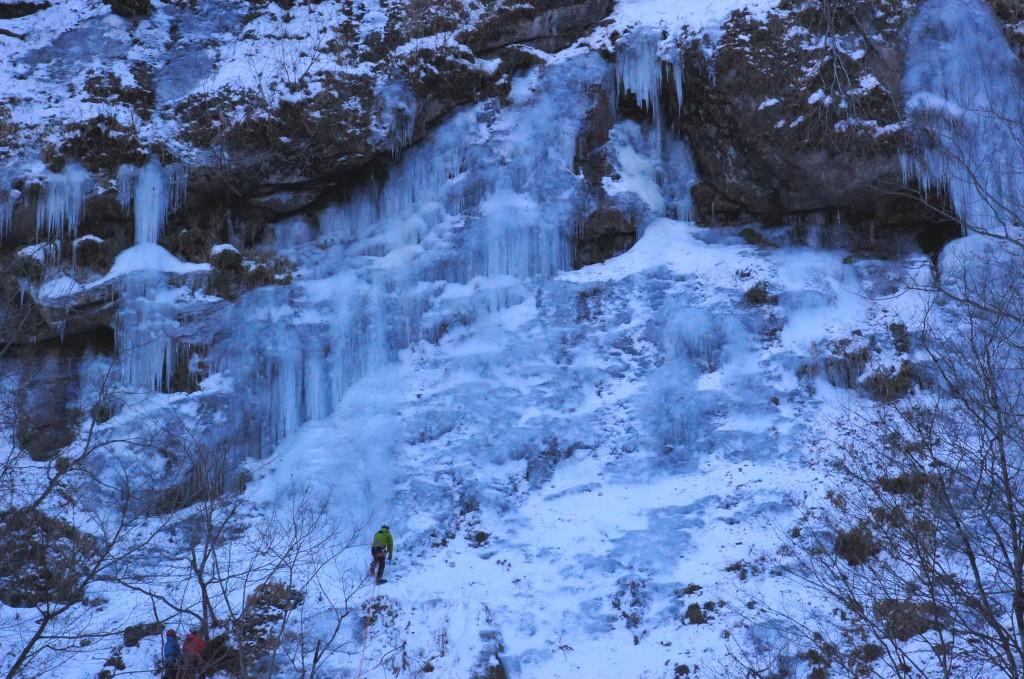 中津川出合の氷壁